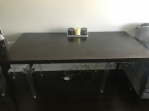 Structube Dining Room Table
