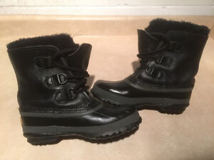 Women's Sorel Leather Winter Boots Size 5 London Ontario image 1