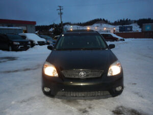 2006 Toyota Matrix Wagon XR - 5 Speeds Manual - Sunroof