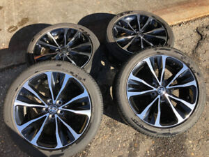 """Toyota Corolla 17"""" OEM Alloy wheels and tires"""