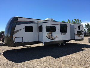 Jayco Holiday Trailer model 314BDS