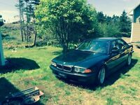 Barter trade or sell 2000 BMW