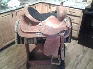 TT Saddlery Saddle