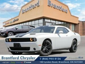 2017 Dodge Challenger SXT Plus  nav-sunroof-leather-heated coole