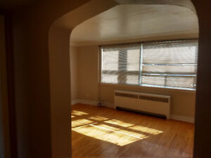1 bedroom - great location, great building - available now