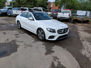 Wow!! Killer price on this 2017 Mercedes E400 4Matic 3.0L