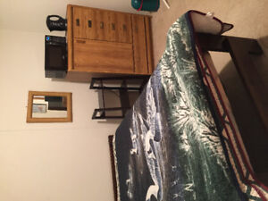 May 1 st Furnished room