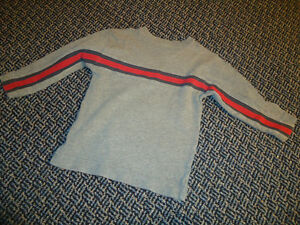 Boys Size 4 Long Sleeve Light Sweater by GAP