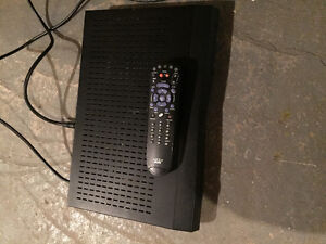 Bell Satellite Receiver 3100  with remote