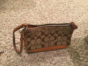 Authentic Coach clutch