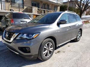 2017 Nissan Pathfinder reprise de bail SUV, Crossover
