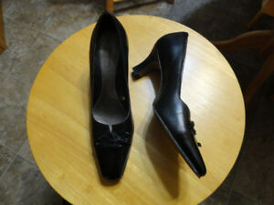 Women's Leather High Heel Shoes & Sandals - Size 7.5