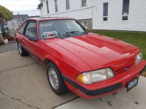 1990 Ford Mustang LX Hatchback