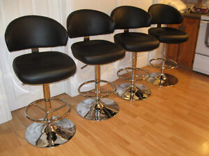 PRICE DROP 4 Beautiful stylish Pub chairs like new a must see.