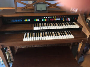 Lowry organ