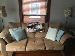 Excellent Condition Micro Fibre Couch