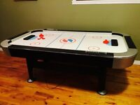 Sport craft air hockey table. 4x7 perfect gift for Christmas.