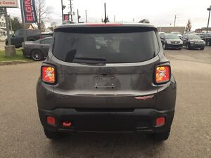 2016 Jeep Renegade Trailhawk***Leather,B-up Cam,4x4*** London Ontario image 6