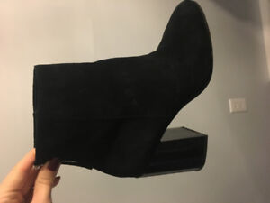 Black High Heeled Ankle Bootie