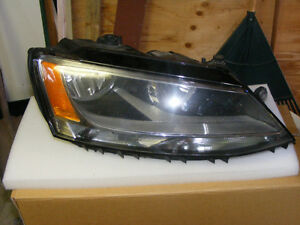 OEM 2012 Volkswagen Jetta Headlights London Ontario image 1