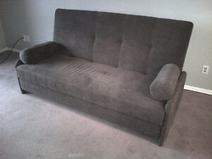 """Click Clack"" Couch / fold out Bed  *** Reduced to $200 ***"