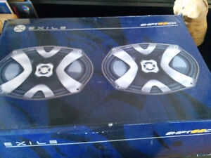 Exile 6x9 speakers Brand New in box never been used