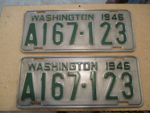 A Pair of 1946 Washington Licence Plate