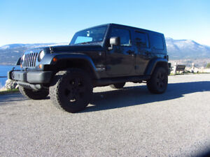 2007 Jeep Wrangler Unlimited - LIFTED NEW TIRES