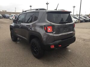 2016 Jeep Renegade Trailhawk***Leather,B-up Cam,4x4*** London Ontario image 7