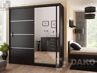 ▒▓【CLEARANCE STOCK】▓▒░Victor High Gloss Sliding Door Wardrobe in Black / White -BRAND NEW!