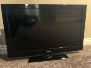 "40"" Tv in prefect condition"