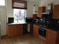 3 bedroom house in Bellbrooke Grove, Harehills, LS9