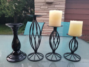 SET OF METAL CANDLE HOLDERS
