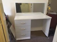 White Dressing Table with 3 Drawers and Mirror