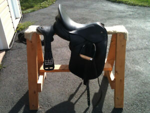 Schlees English Saddle for sale