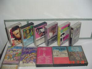Cassettes rétro variées