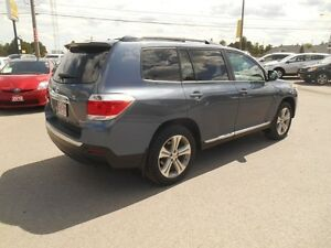 2012 Toyota Highlander Sport 4WD Peterborough Peterborough Area image 6
