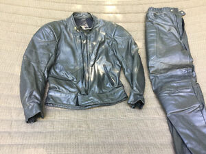 Bristol old school Cafe Racer two piece leather jacket and pants