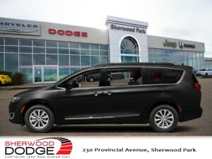 2018 Chrysler Pacifica Touring-L Plus  | DVD | PANORAMIC SUNROOF