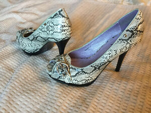 Cute Printed Shoes.  Never Worn.