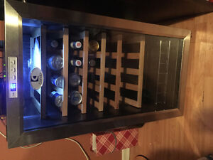 WINE COOLER/BEVERAGE FRIDGE