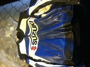 Suzuki GSXR leather suit