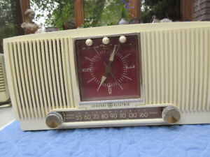 RADIO ALARM CLOCK, GENERAL ELECTRIC, Collectable