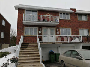 Beautiful big 5 1/2 in 1237 Perras LaSalle for rent