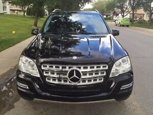 MERCEDES-BENZ ML350 BlueTEC 4Matic  with extended warranty!