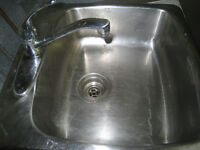 STAINLESS KITCHEN SINK &FAUCET