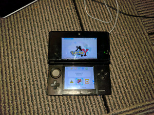 Nintendo 3DS - Black  - 16GB - Modded - New Battery / Charger