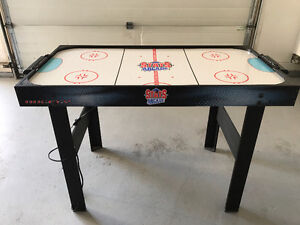 AIR HOCKEY TABLE FOR SALES