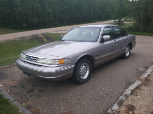 1995 ford crownvictoria