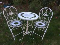 Metal vintage table and chairs